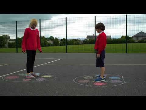 Louth Chalk Free Play Programme - How to Play Mirror Me